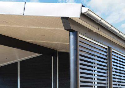 Carport fra Hampton-serien med zink tagrender