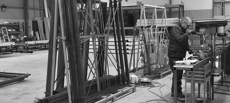 Et billede fra Moduo fabrikken - Her har vi focus på design, kvalitet og godt håndværk